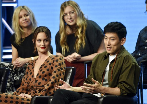 "(Photo by Chris Pizzello/Invision/AP). Jake Choi, right, a cast member in the Disney ABC television series ""Single Parents,"" answers a question as fellow cast member Leighton Meester, front left, and co-creators/executive producers JJ Philbin, top left..."
