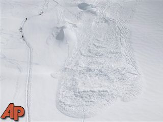 4 missing climbers presumed dead after avalanche - 21 News Now ...