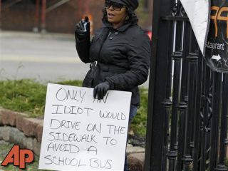 Sentence wraps up for Ohio woman with 'idiot' sign