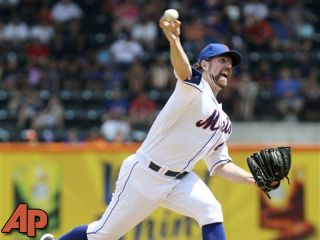 R.A. Dickey, David Price win Cy Young awards