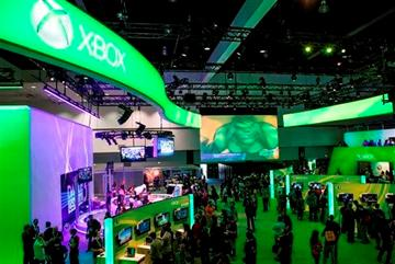 Microsoft touts Xbox One as all-in-1 entertainment