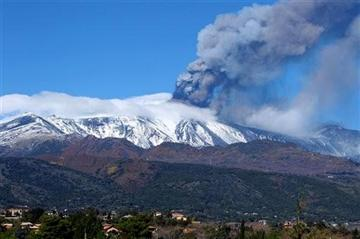 Mount Etna erupts, showers volcanic ash on towns - NewsOn6.com - Tulsa