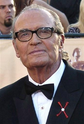 (AP Photo/Chris Pizzello, File). FILE - In this Feb. 5, 2005 file photo, James Garner, arrives for the 11th annual Screen Actors Guild Awards in Los Angeles.