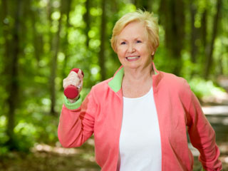 Start of simple, just by taking a 15 minute walk three days a week. © iStockphoto.com/Michael Krinke