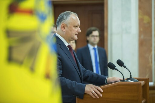Rival governments vie for power in Moldova political crisis