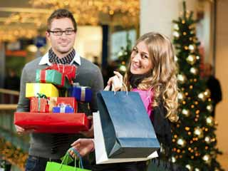 Try these suggestions to minimize the financial impact of the holidays. (©iStockphoto/Thinkstock)