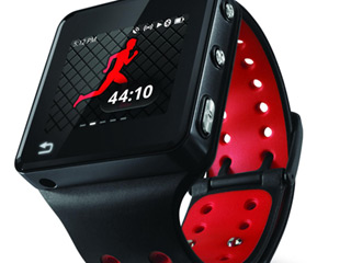  Motorola MotoActv (Image courtesy of Digital Trends)