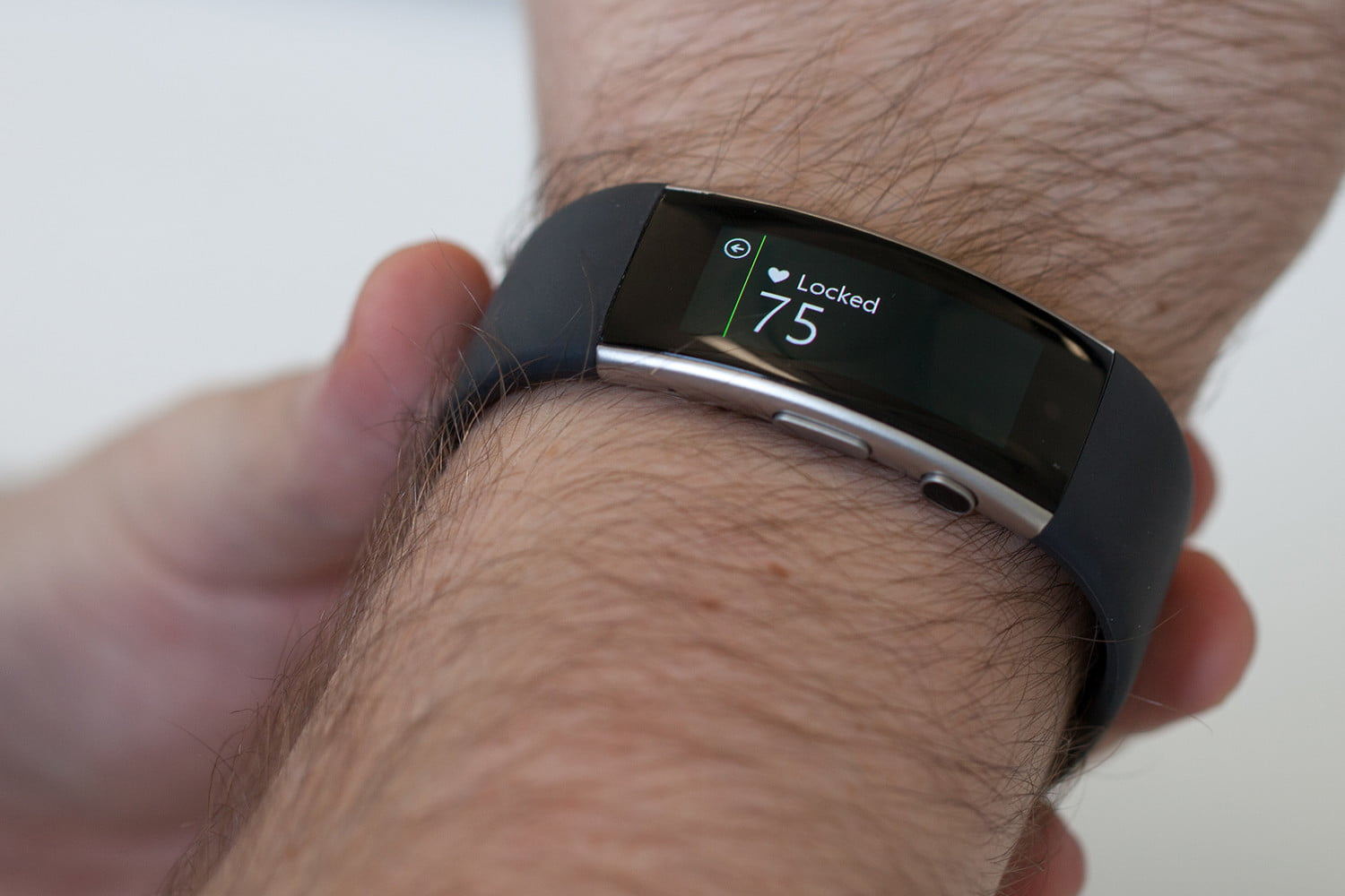 new patents suggest microsoft band fitness tracker may still be on track