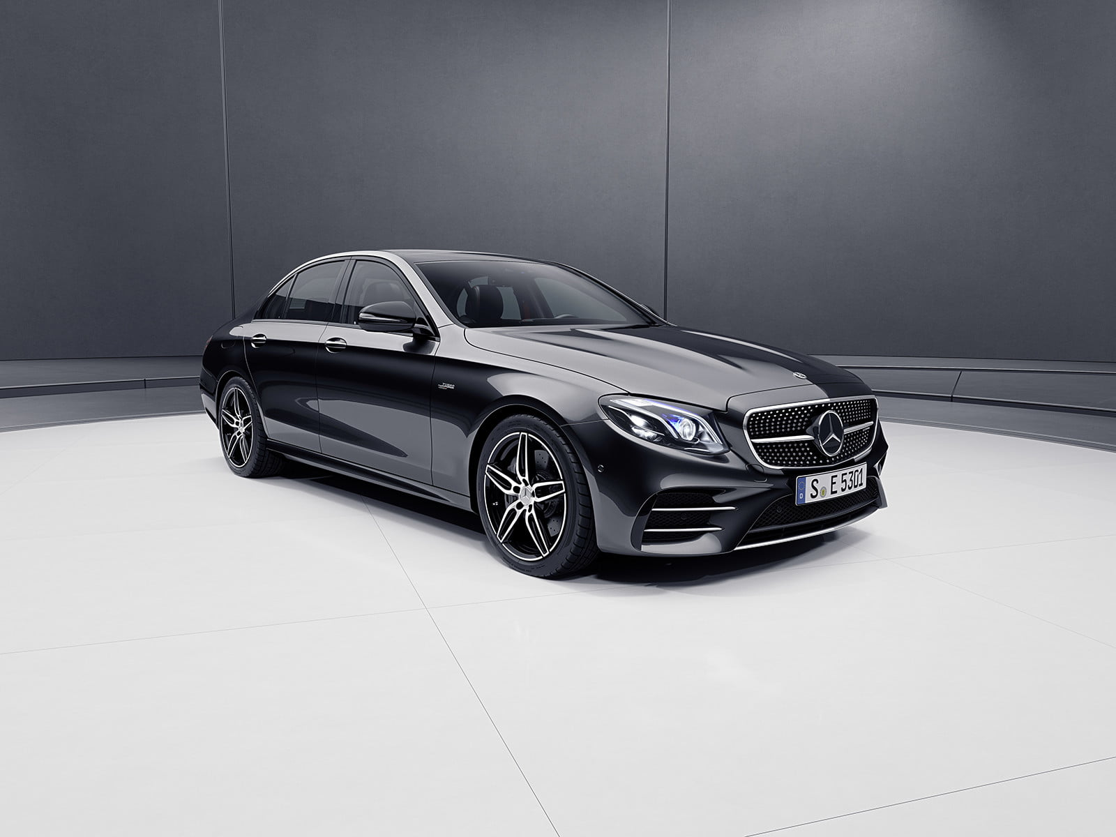 Mercedes amg unleashes details on us bound e53 lineup for for Mercedes benz wichita falls tx