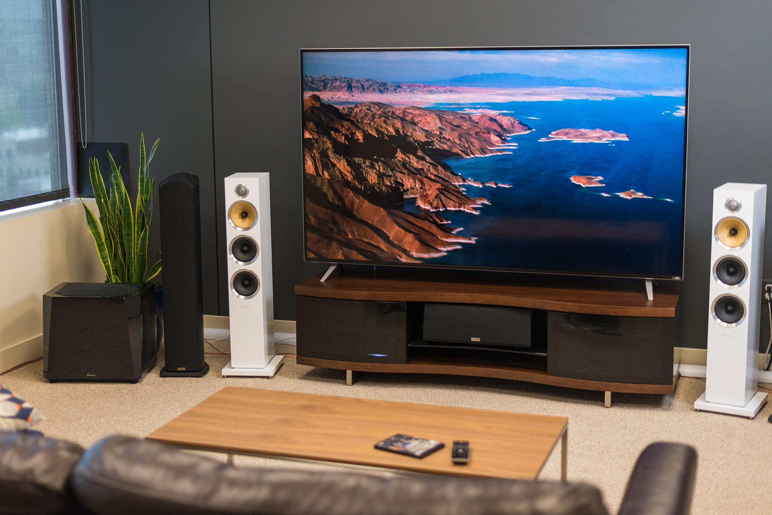 Home Entertainment Setup Guide - Free User Guide •