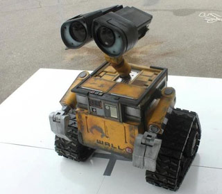 More on Mike Senna's Wall-E can be found at http://sennaswalle.blogspot.gr/ (Image courtesy of Digital Trends)