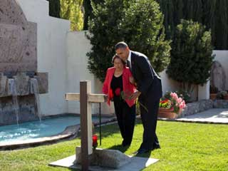 President Obama and Helen Chavez place a rose at the gravesite of Cesar Chavez, Oct. 8, 2012. (©White House Photo by Pete Souza)