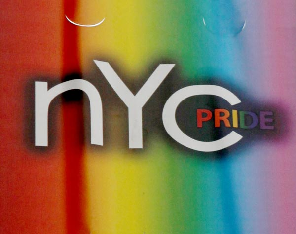 Marriage Equality Celebrated At Nycs Gay Pride March Cbs News 8