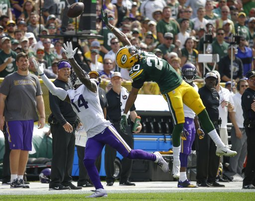 (AP Photo/Mike Roemer). Minnesota Vikings' Stefon Diggs can't catch a pass in front of Green Bay Packers' Kevin King during the first half of an NFL football game Sunday, Sept. 16, 2018, in Green Bay, Wis.
