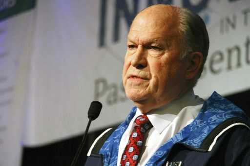 (AP Photo/Mark Thiessen). Alaska Gov. Bill Walker announces he will drop his re-election bid while addressing the Alaska Federation of Natives conference Friday, Oct. 18, 2018, in Anchorage, Alaska. Walker's re-election plans were dealt a blow earlier ...