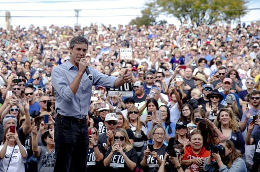 (Nick Wagner/Austin American-Statesman via AP, File). FILE - In this Nov. 4, 2018, file photo, Beto O'Rourke, the 2018 Democratic candidate for U.S. Senate in Texas, gives the thumbs up as he takes the stage to speak at the Pan American Neighborhood Pa...