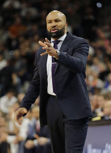 (AP Photo/Eric Gay, File). FILE - In this Jan. 8, 2016, file photo, New York Knicks head coach Derek Fisher talks to his players during the first half of an NBA basketball game against the San Antonio Spurs,  in San Antonio. Former NBA player and coach...