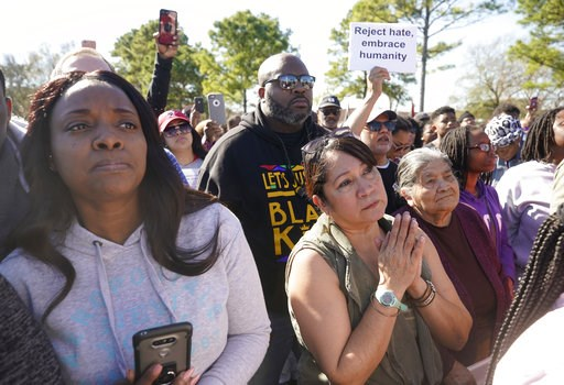 (Melissa Phillip/Houston Chronicle via AP). People attend a community rally for seven-year-old Jazmine Barnes on Saturday, Jan. 5, 2019 in Houston.   Barnes was killed when a driver shot into the car she and her family were driving in last Sunday.