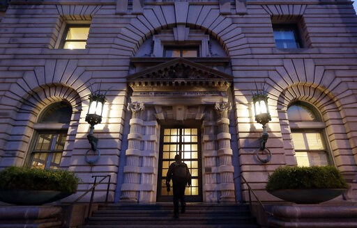 (AP Photo/Marcio Jose Sanchez, File). FILE - In this Feb. 9, 2017, file photo, a man walks up the steps of the 9th U.S. Circuit Court of Appeals building in San Francisco. The Trump administration will try to convince a federal appeals court to block C...
