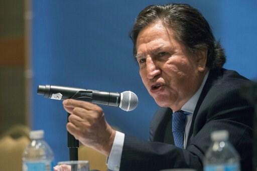 (AP Foto/Mary Altaffer, Archivo). ARCHIVO - En esta foto del 24 de mayo de 2017, el expresidente peruano Alejandro Toledo habla en un foro sobre economía y globalización en Naciones Unidas, Nueva York.