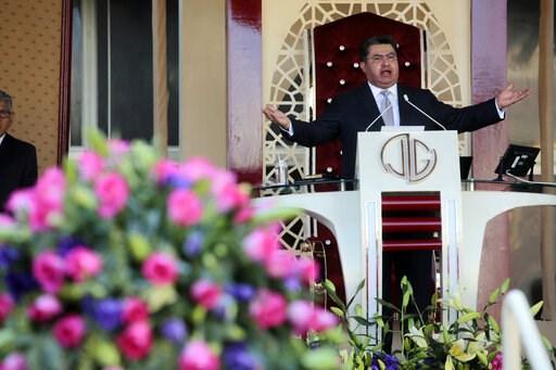 """(AP Photo). In this Aug. 9, 2018, photo, Joaquin Garcia leads a service at his church """"La Luz del Mundo"""" in Guadalajara, Mexico. Garcia, the leader and self-proclaimed apostle of La Luz del Mundo, a controversial church that claims over 1 million follo..."""