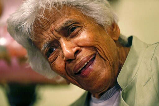 (AP Photo/Gerald Herbert, File). FILE - In this Dec. 30, 2015, file photo, Leah Chase speaks during an interview with the Associated Press at her family's restaurant, Dooky Chase's Restaurant, in New Orleans. The legendary New Orleans chef and civil ri...