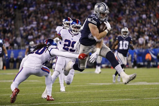 (AP Photo/Adam Hunger). Dallas Cowboys tight end Blake Jarwin (89) avoids a tackle by New York Giants cornerback Janoris Jenkins (20) on his way to a touchdown during the second quarter of an NFL football game, Monday, Nov. 4, 2019, in East Rutherford,...